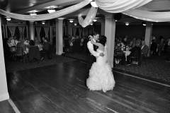 Black-and-white-photo-of-bride-and-groom-first-dance