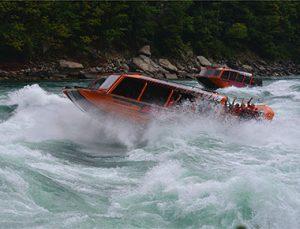 Niagara Jet Adventures vessel on Niagara River